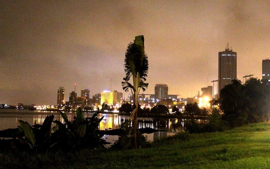 Abidjan-Babi-Inside